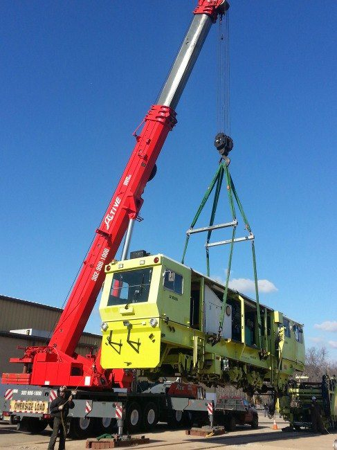 Active Crane Rental Hoists Train Car